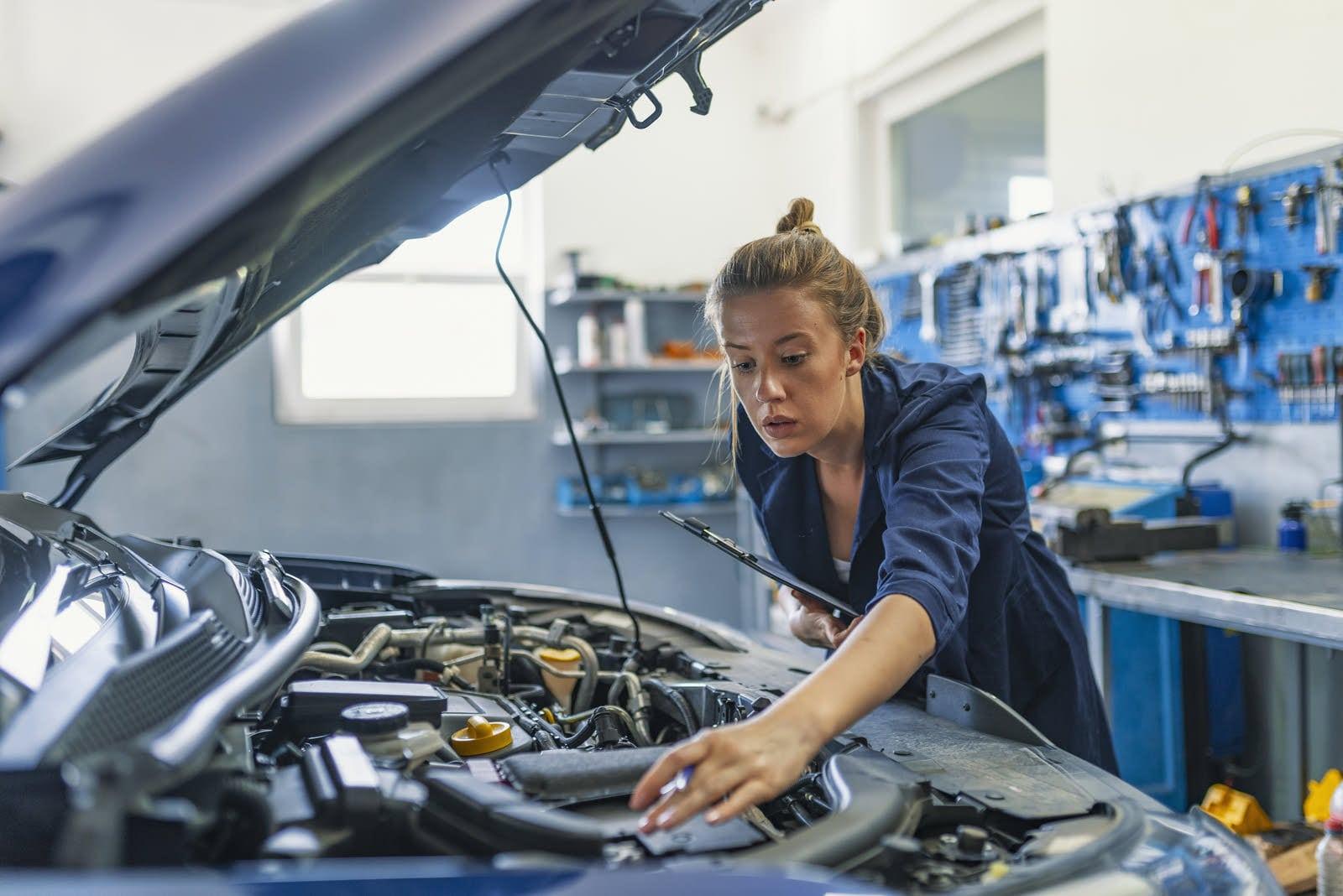 Vous amenez votre auto au garage lorsque vous avez des troubles mécaniques. L' ostéopathe est un professionnel qui s'occupe de faire la mise au point de votre mécanique corporelle.